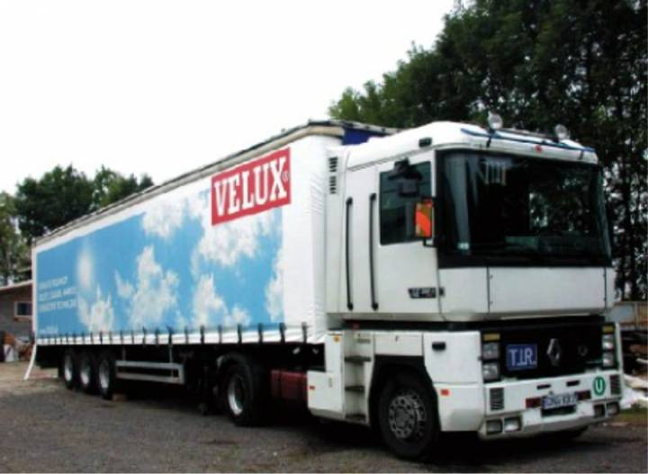 Reklama na plandece dla firmy Velux