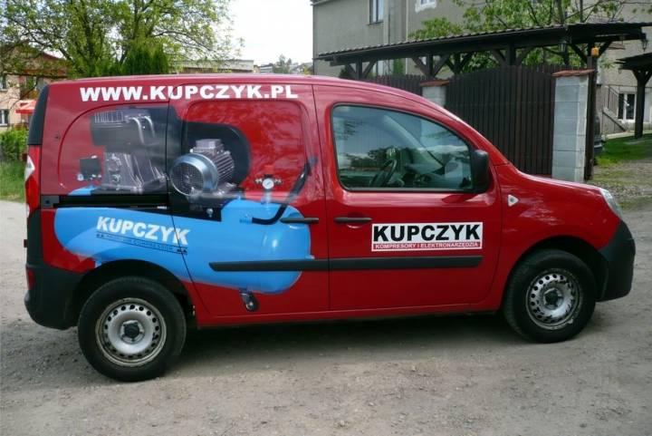 Oklejenie samochodu dla firmy Kupczyk