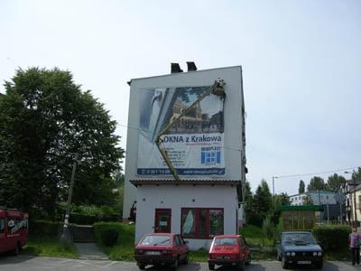 baner reklamowy_montaz_rozciaganie