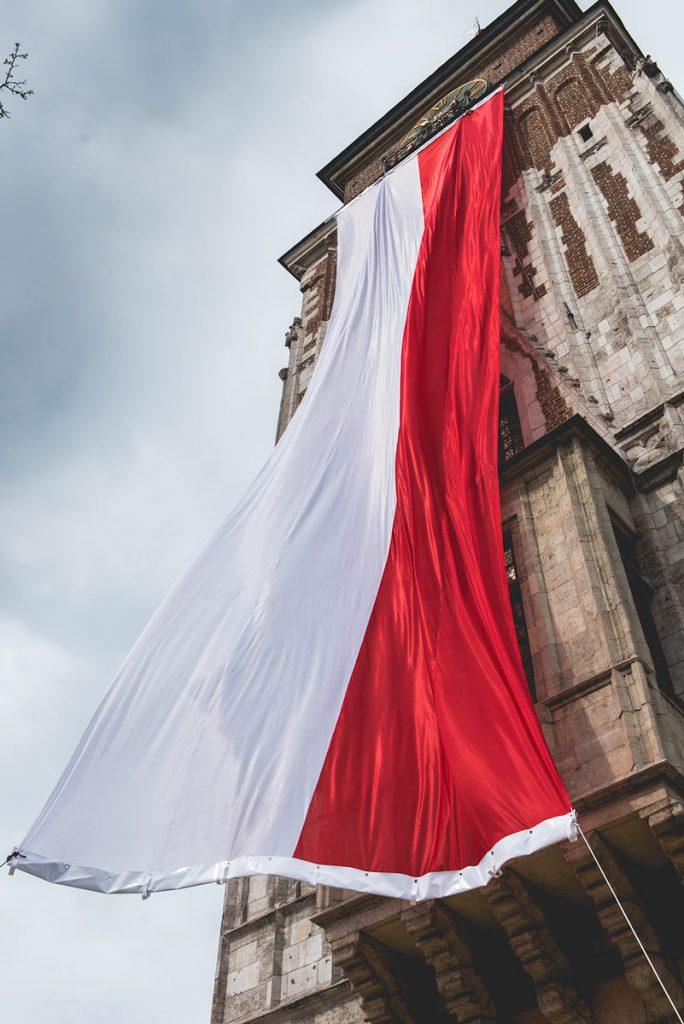 flaga państwowa - święto flagi