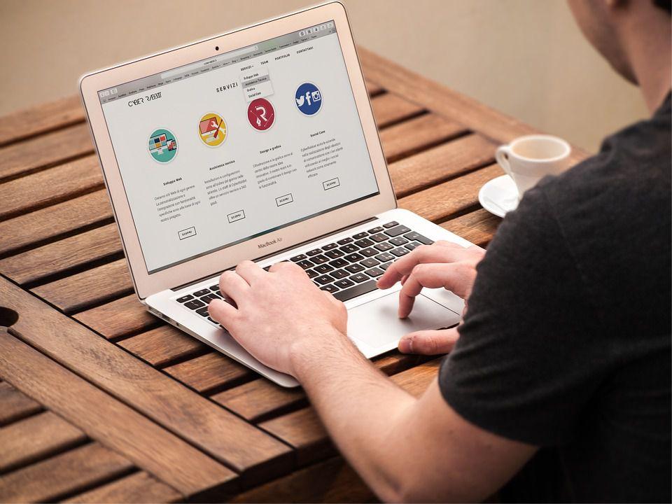 Strona firmowa - blog jako narzędzia reklamy
