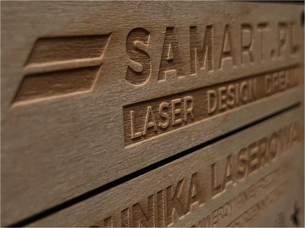Cięcie laserem - znakowanie w drewnie i sklejce - SamART 2021