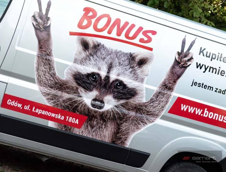 Jak wykonać samodzielnie reklamę na samochodzie